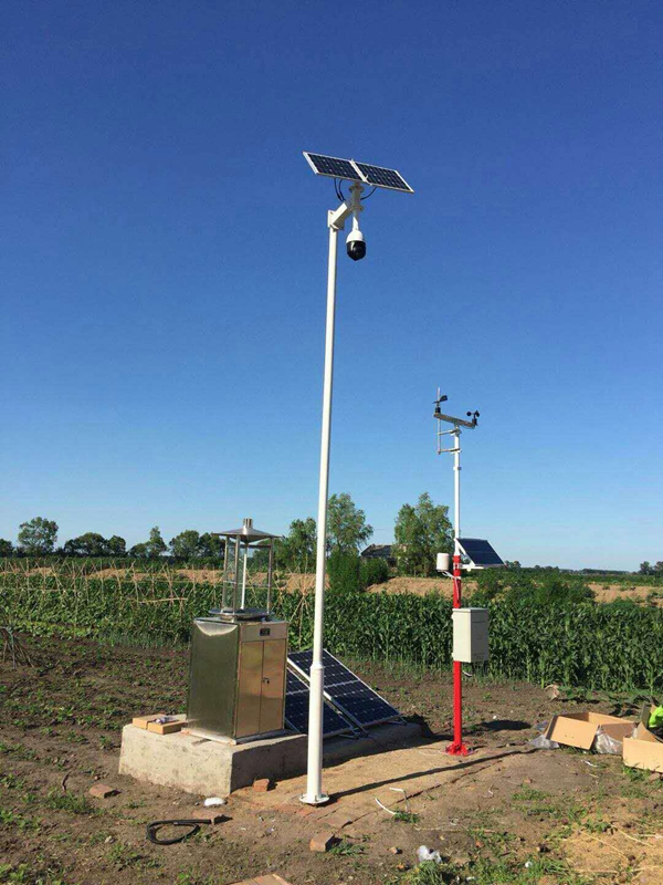 Solar wireless monitoring system for meteorological monitoring